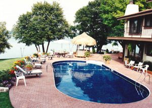 10 hình dáng bể bơi gia đình đẹp thông dụng nhất hiện nay