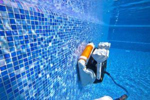 5 bước vệ sinh hồ bơi