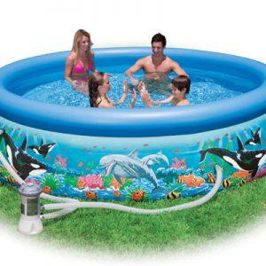 Bể bơi mini tại nhà cho bé